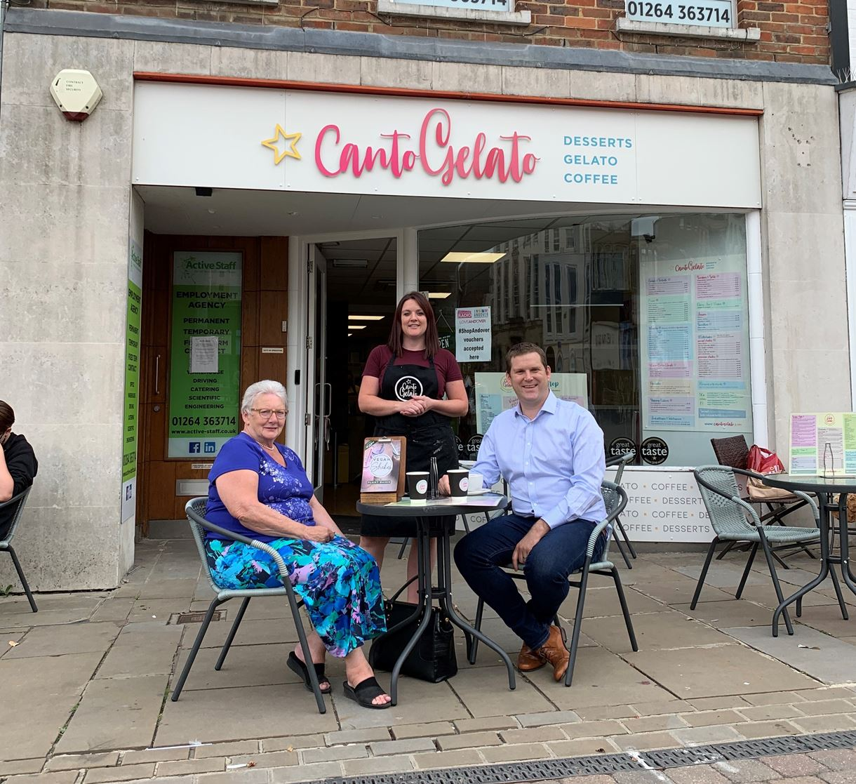 Cllrs North and Andersen at Canto Gelato